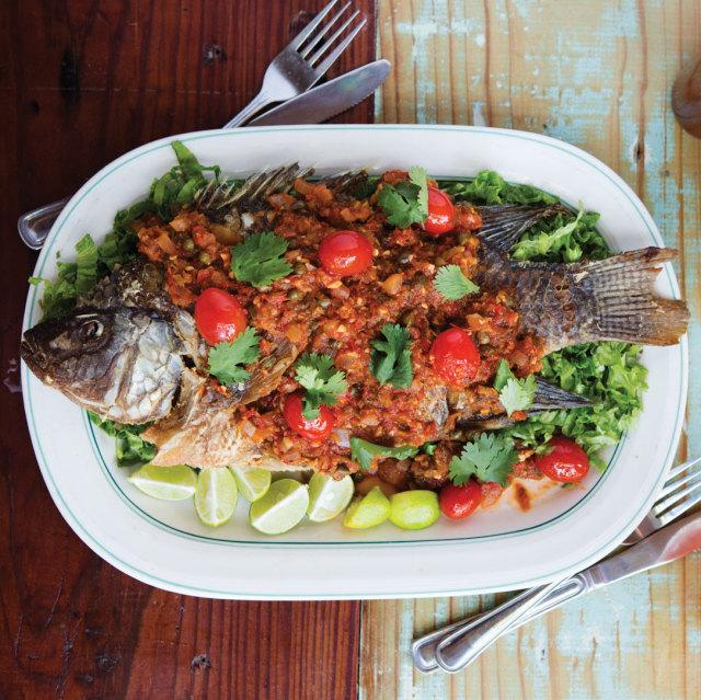 0815 table la grange whole tilapia qtj0ni