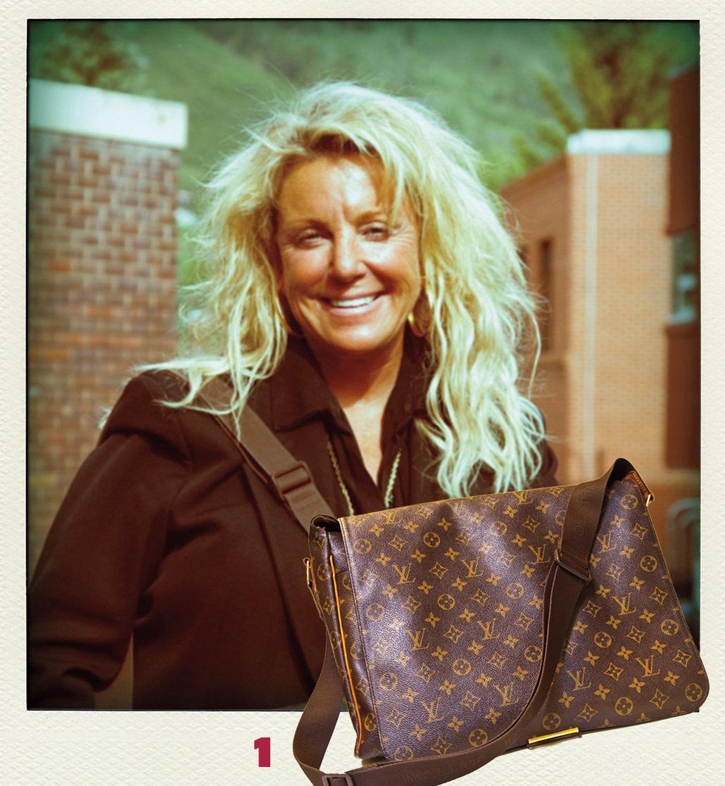 0714 what in bag shawna bpbf9n