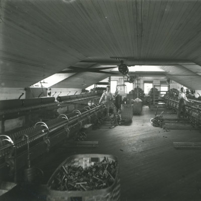 Historic spinning frames oqpbwx