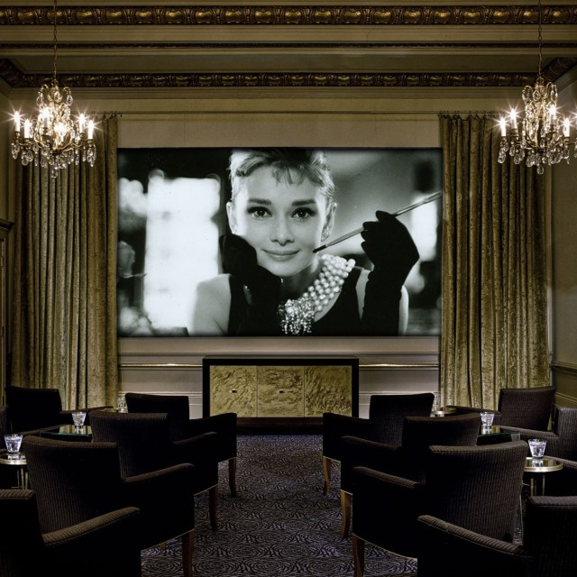 Breakfast at tiffanys deluxe sxjr9q