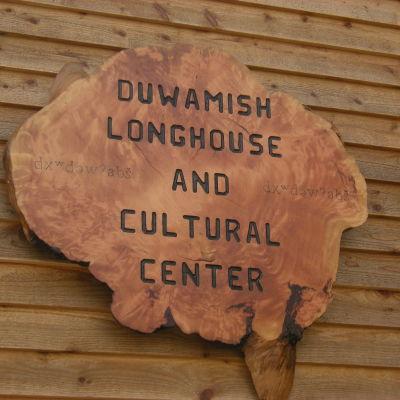 Duwamish longhouse sign cgnio0