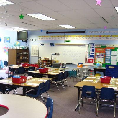 Elementary classroom in alaska srzf1q