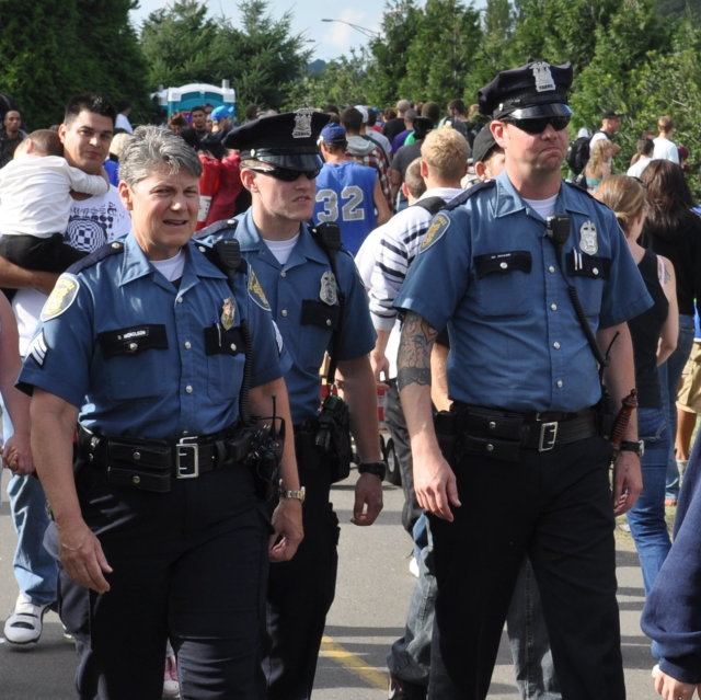 Seattlehempfestpolice g8fz6l