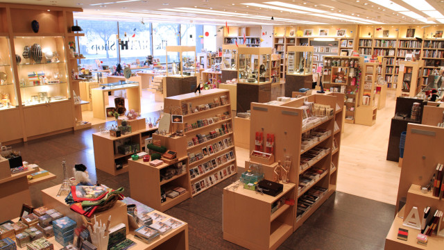 Mfah shop  courtesy of the museum of fine arts  houston ltgnd2