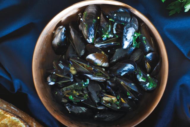 1015 mussels dcew8b