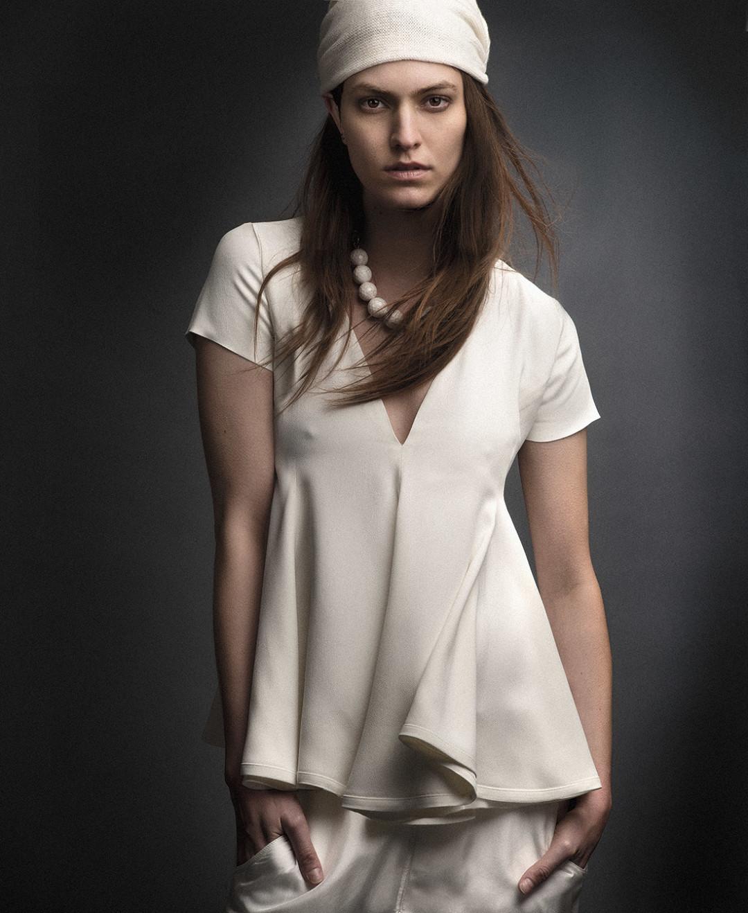 0213 beige blouse bandeau u08mjw
