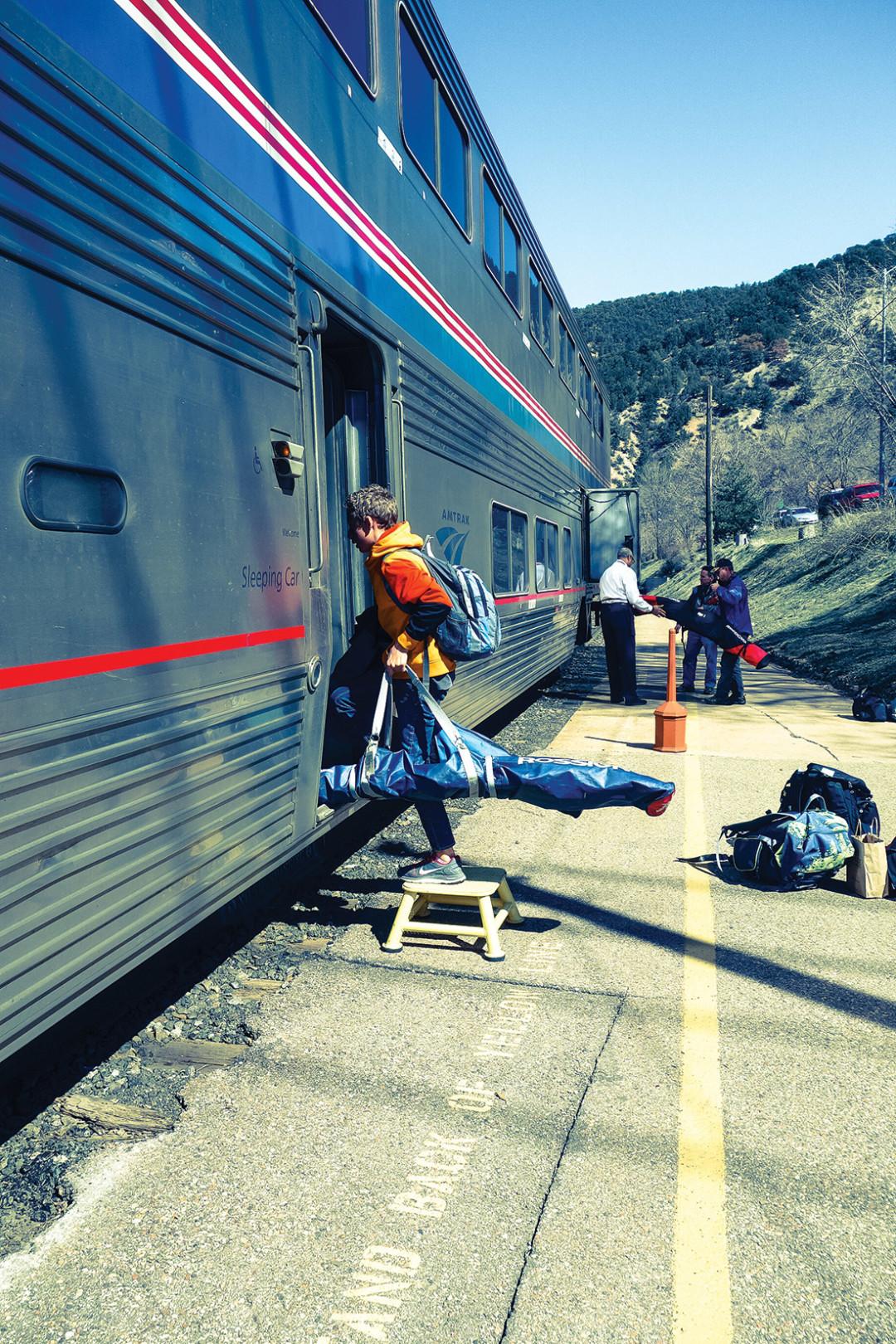 0215 three bum train lms8jc