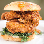 Skillet diner fried chicken sammy hum9ze bxbbfl