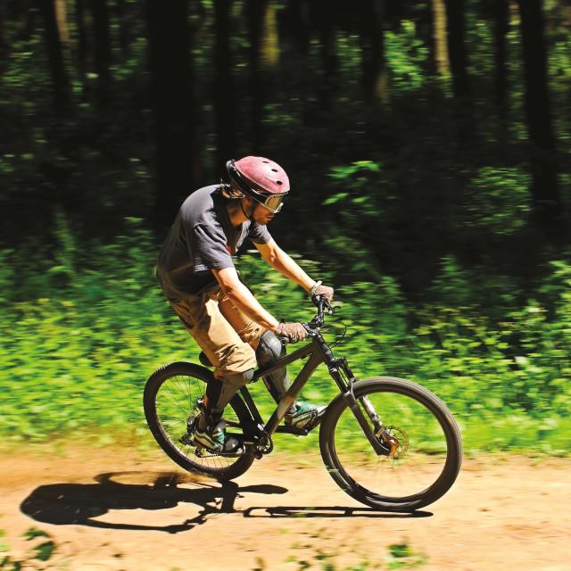 0815 mountainbiking thumb agzinp