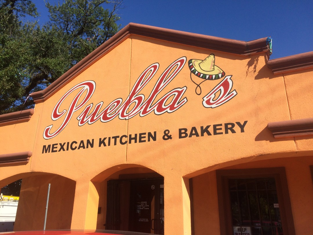 Mexican Kitchen Mole And More At Pueblas Mexican Kitchen Bakery Houstonia