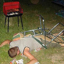 Drunk guy passed out dlvou9