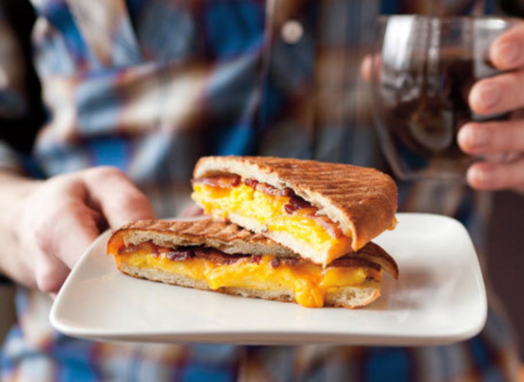 Met maps restaurants that serve breakfast all day for Restaurants that serve brunch
