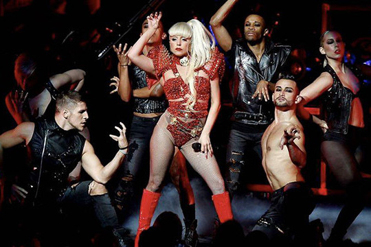 Lady gaga born way ball sfvymc