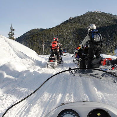Snowmobile roslyn x8by2m