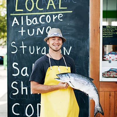 Local food shops fishmongers flying fish company lyf gildersleeve portland 1012 l qkzybh