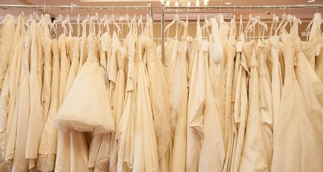 Brides For A Cause Charity Wedding Dress Sale Seattle Met