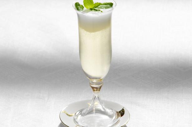 Valentines cocktail lg hq1kio