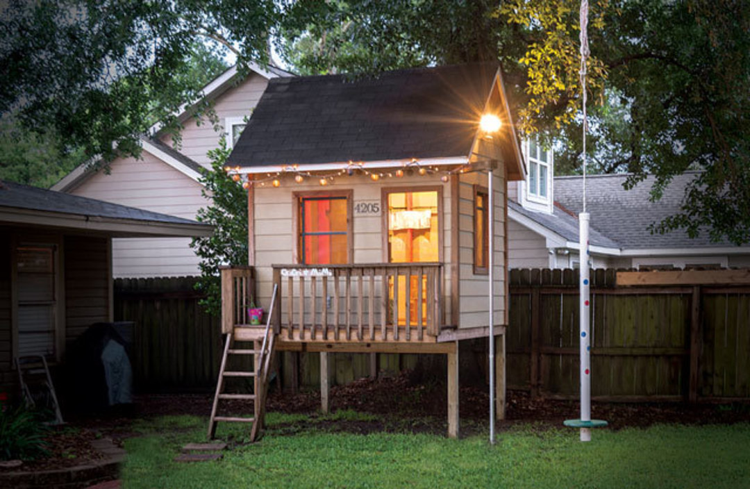 A Home At The End Of The Yard Houstonia