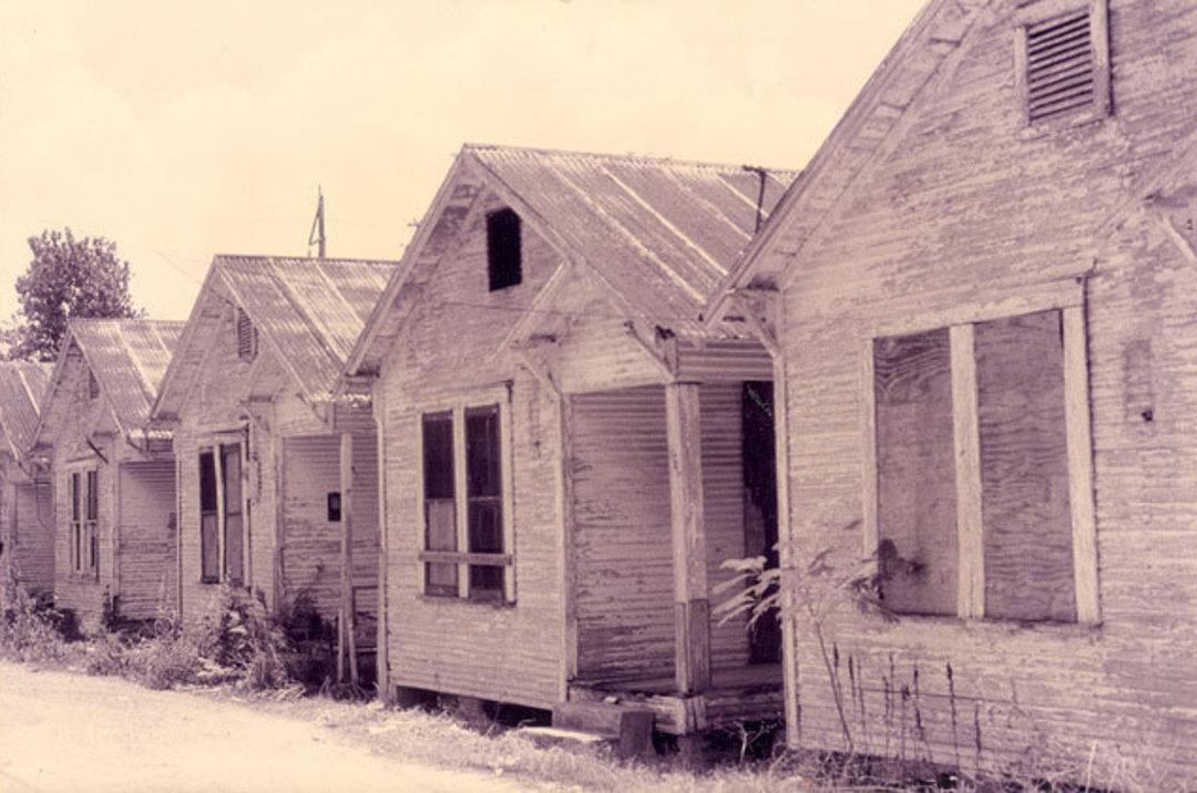 The shotgun shack is back houstonia for Shack homes
