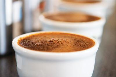 P179pour coffee llkrgn