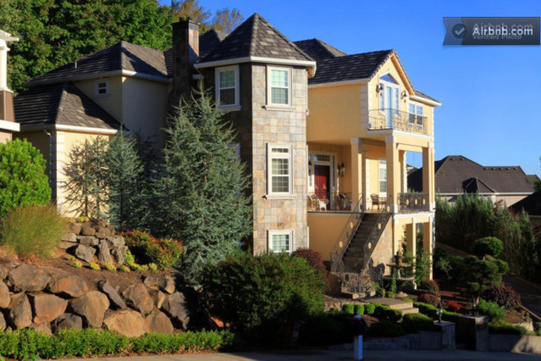 Portland s 10 Best Airbnb Rentals. Portland s 10 Best Airbnb Rentals   Portland Monthly