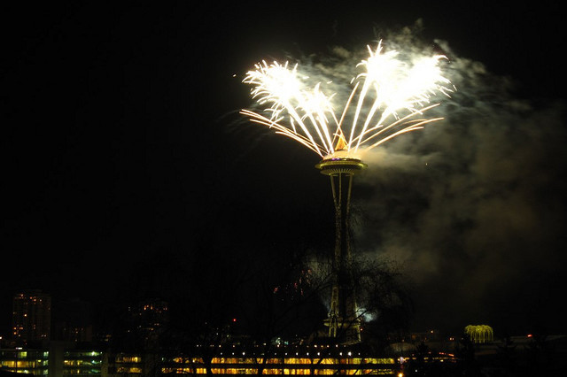 Seattle new year s eve fireworks iwtc02