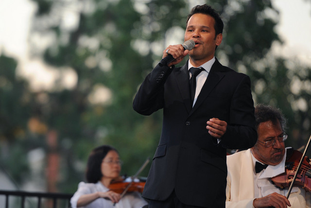 Sean Ghazi performs on Thursday at the Washington Park Summer Festival.
