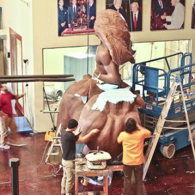 Horse sculpture4 prnz8b