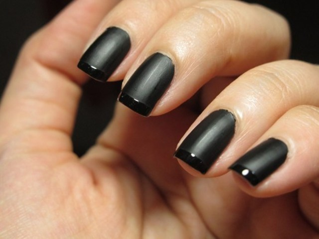 Nail Color of the Month: Black and Gold | Seattle Met