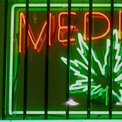 Medical marijuana sign ubqqpe