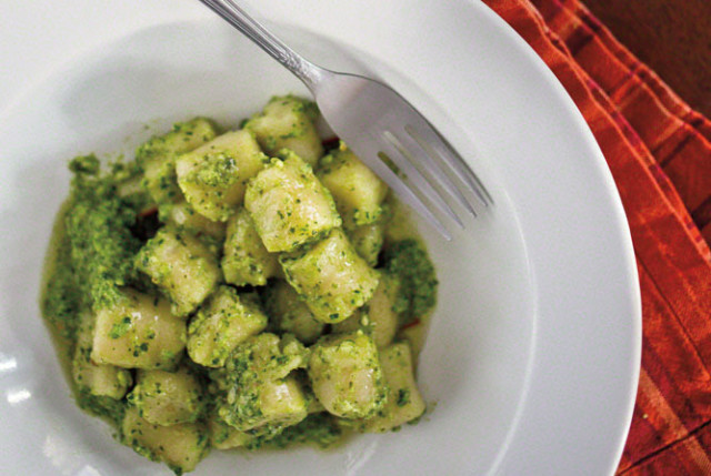 0513 abbys table gnocchi g0jqv8