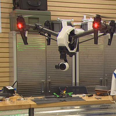635862571006872229 drone rdpoey