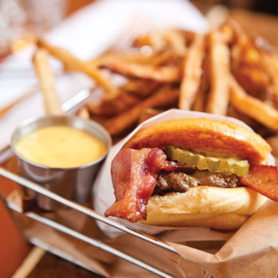 Hollywood tavern comfort food msphph