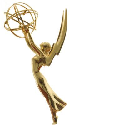 Emmy statue t0v5no