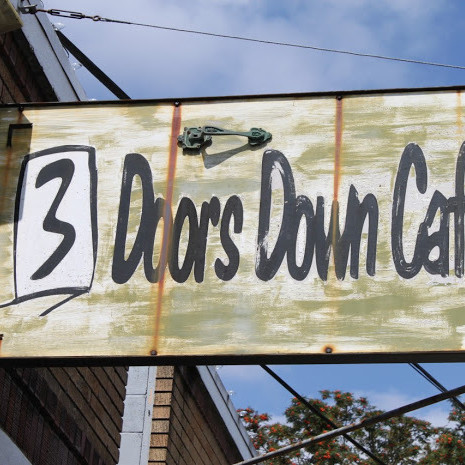 3 doors down cafe n9e4aa