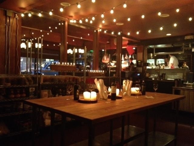 here are some spaces to book a holiday party - Private Dining Room Seattle
