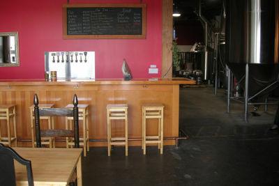 Schooner tasting room kum5er