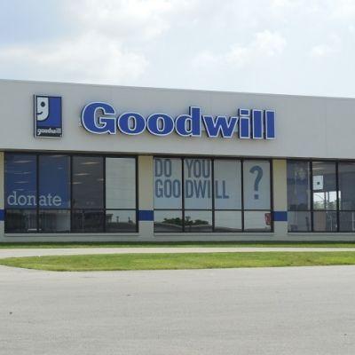 Goodwill in normal illinois 5 wzbu1b