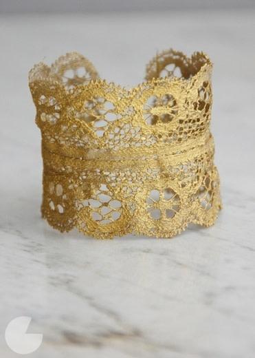 Golden lace cuff nxjdcy