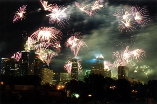 Houston fireworks wu7uti