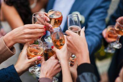 Wine toast mantsevych klury9