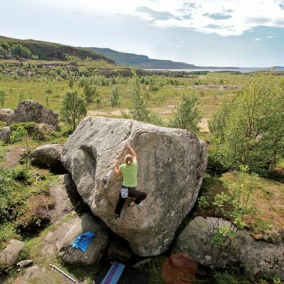 Gorge bolder climbing opigub