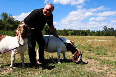 140806nickyfarm 4 hfllie