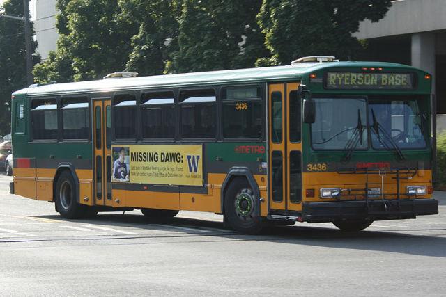 800px king county metro transit gillig phantom 3436 yguid7