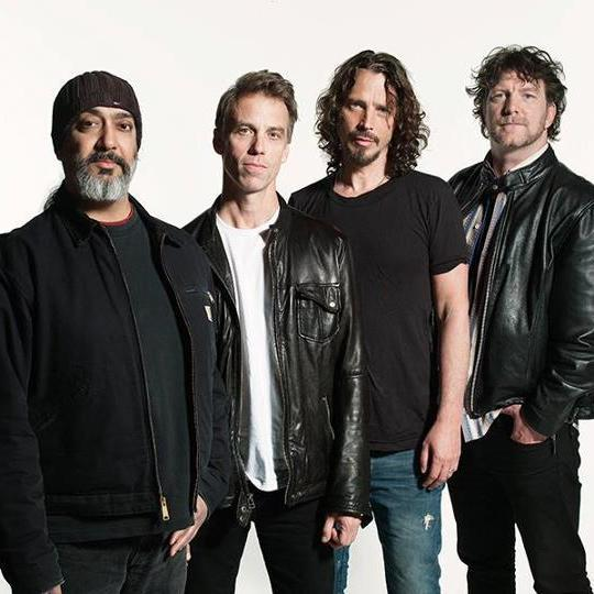Soundgarden2012groupphoto ypufdz