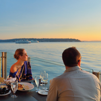0513 waterfront dining aegdsj