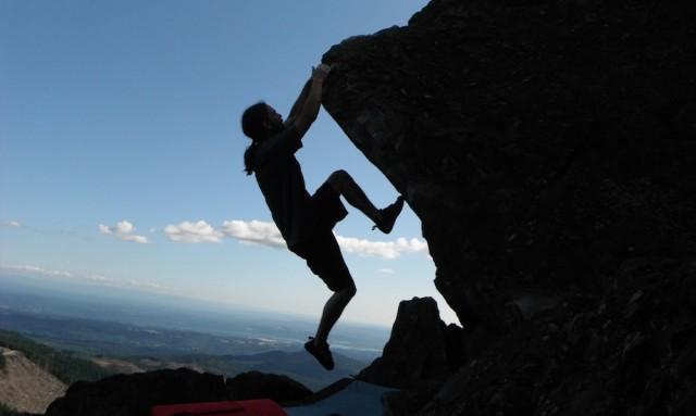 Oregon summer bouldering, climbing