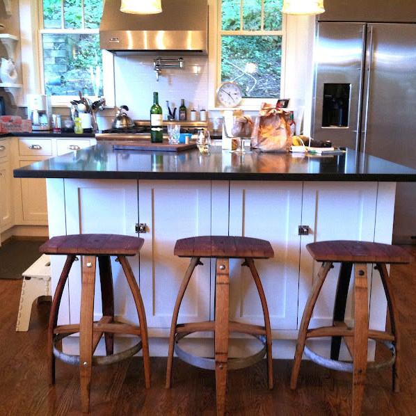 Vinoture stools in kitchen txijtg