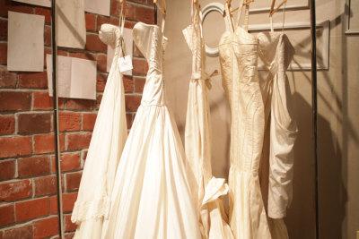 Bec rolling rack dresses pgza2v