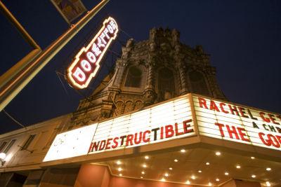 0902 web theater hollywood3 avetrw